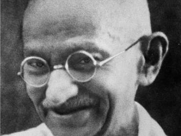 Mahatma Gandi: epitaf Tolstoju